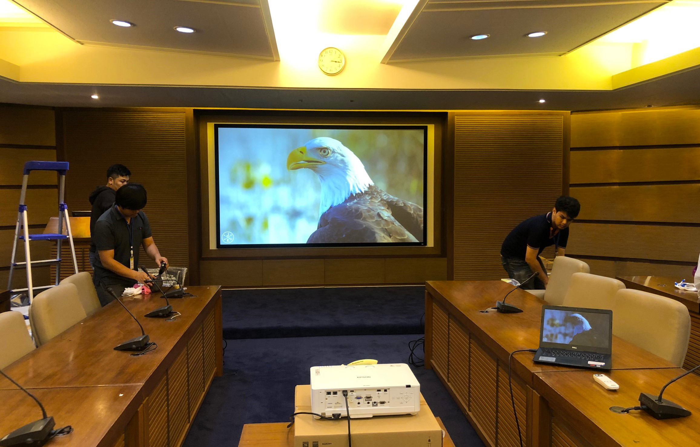 dnp Infinity 130inch at government Thailand meeting room